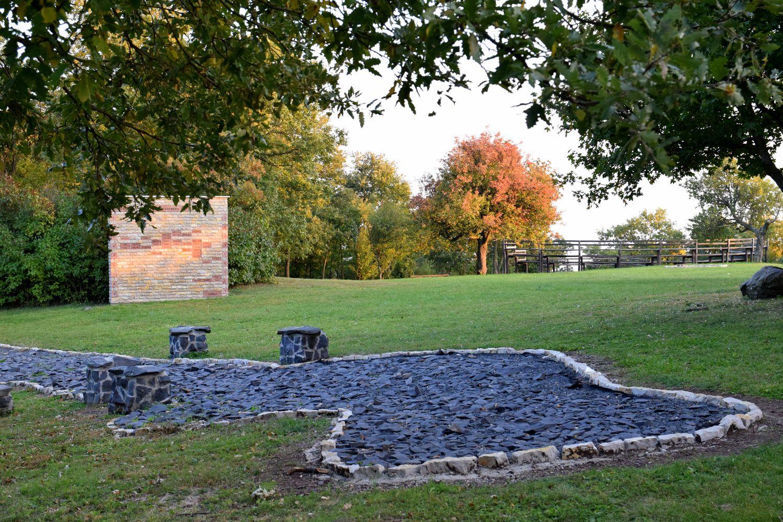 Negyedik túránkat október elején már meleg őszi színek kísérték